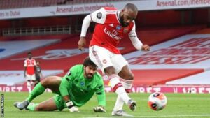 Arsenal end Liverpool hope of record points tally