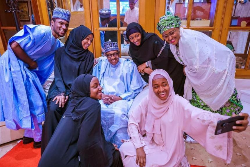 Photo of Buhari bans homages, to spend Eid-el-Kabir holidays with family