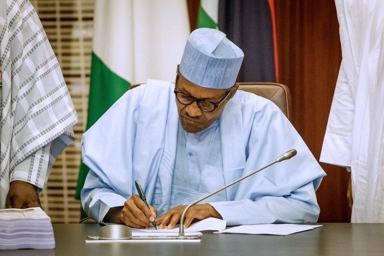 Photo of Buhari nominates New Auditor-General