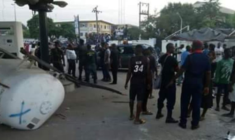 Photo of Woman, four children die from gas explosion in Imo