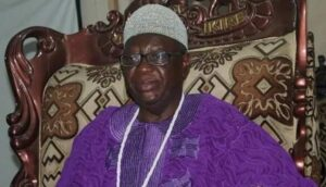 Supreme Court ruling: Mob chase away Osun monarch, seals palace