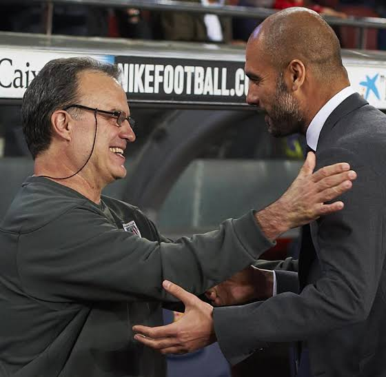Photo of Guardiola welcomes Bielsa to EPL