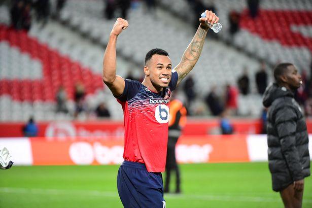 Photo of Arsenal splashes €30m on Lille defender Gabriel Magalhães