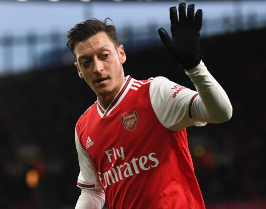 Ozil out of Arsenal's Premier League squad, Cech in surprise return at Chelsea