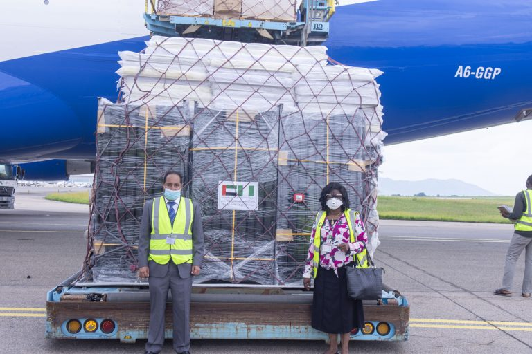 Photo of COVID-19: UAE donates 7.5 tonnes of medical supplies to FG
