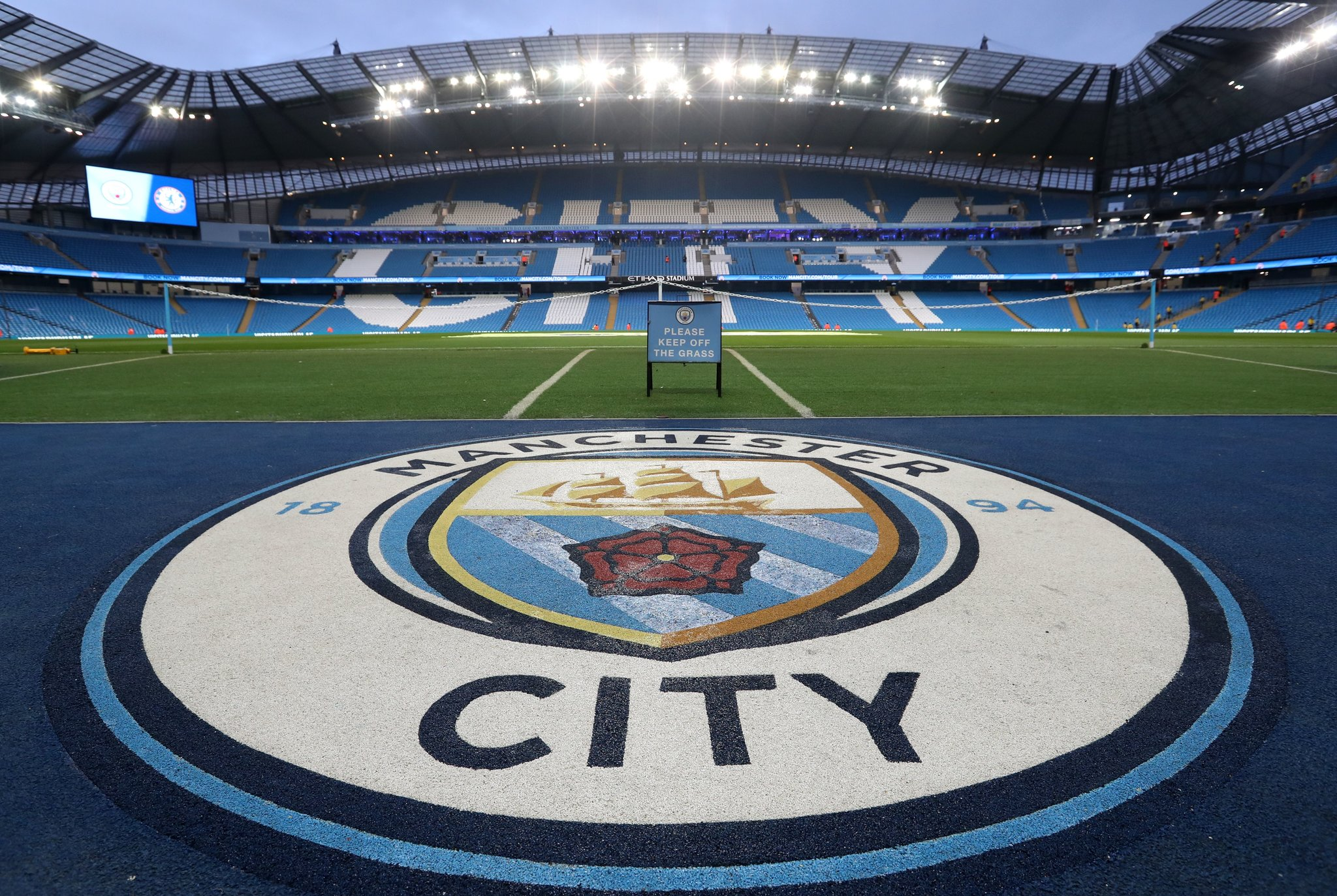 Photo of Manchester City adds to Arsenal woes with 5-0 defeat at Etihad stadium