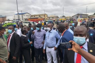 Photo: Sanwo-Olu, Amaechi storm scene of train, vehicles collision in Lagos