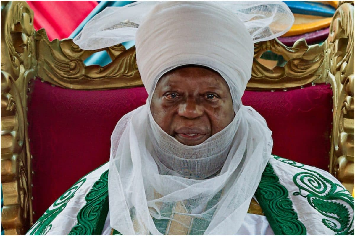 Photo of Emir of Zaria, Shehu Idris is dead