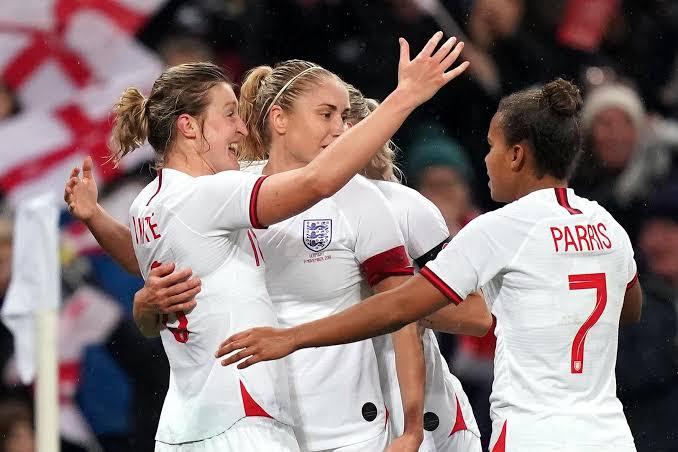 Photo of England FA dismisses gender discrimination among men, women soccer teams
