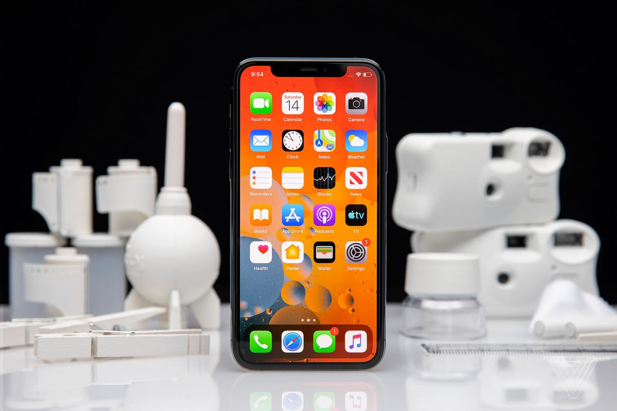 Photo of Apple to Launch 5G iPhone 12 Tuesday