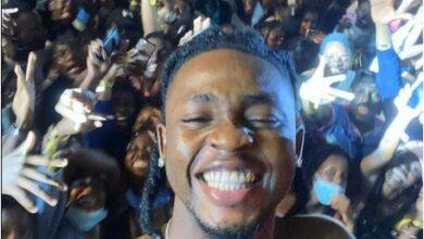 Photo of Nigerian singer Omah Lay arrested in Uganda