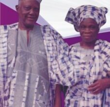Photo of Video: Nigerian couple married for 72 years buried in Abeokuta
