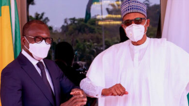 Photo of 'We Will Continue To Work With Our Neighbours', Buhari Tells visiting Benin Republic President