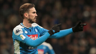 Photo of Napoli player tests positive for coronavirus