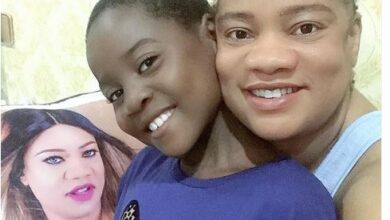 Photo of Nollywood actress Opeyemi Aiyeola adopts a girl child