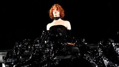 Photo of Grammy nominee Sophie Xeon dies at 34