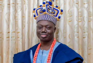 Photo of Ogun monarch launches foundation laying ceremony for ultra-modern private residence