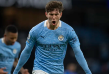 Photo of John Stones sends Manchester City 13 points clear