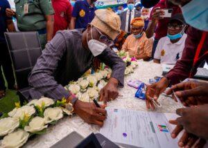 Photo: Sanwo-Olu revalidates APC membership