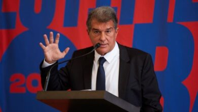 Photo of Laporta voted in as FC Barcelona's new president