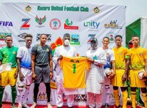 Photo of Photo: Governor AbdulRazaq unveils new Kwara Utd jerseys