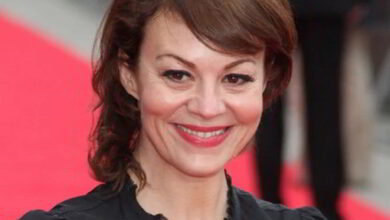 Photo of Peaky Blinders actress Helen McCrory dies at 52