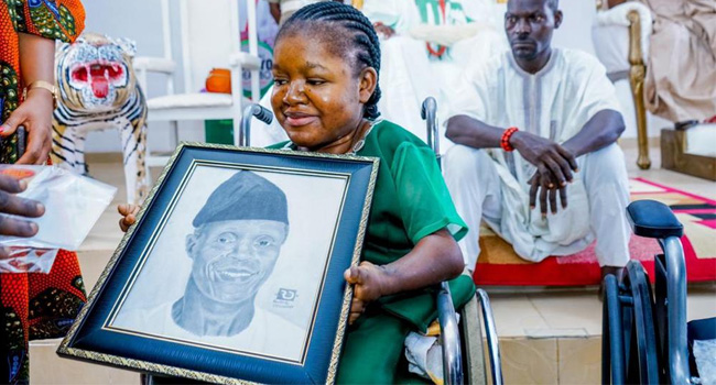 Osinbajo Secures US Training For Physically Challenged Artist, Abosede