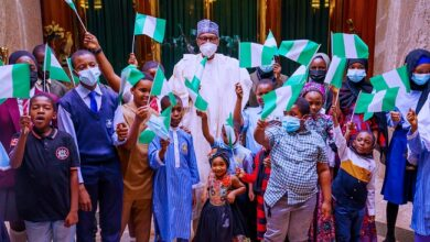 Photo of Our greatest legacy is to give you better country, Buhari assures Nigerian children