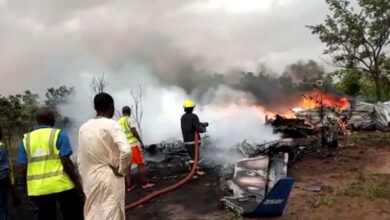 Photo of Soldiers takeover site of military plane crash in Kaduna