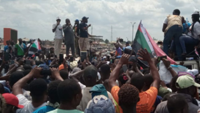 Photo of Sunday Igboho in attendance as youths agitate for Oodua nation in Osun State