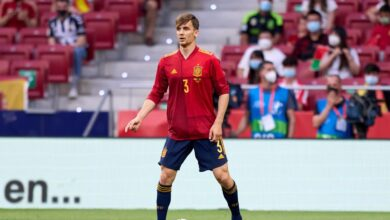 Photo of Llorente reacts to COVID-19 scare