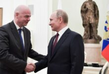 Photo of Infantino meets with Russia president Putin