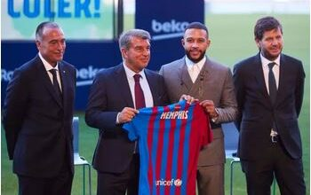 Photo of Depay unveiled by Barcelona; Messi may leave