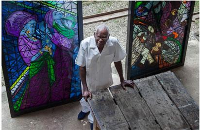 President Buhari pays tribute to veteran artist, Prof. Grillo